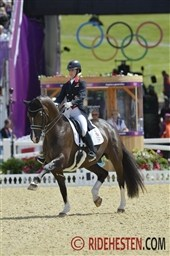 Olympic Dressage: Britain in the lead